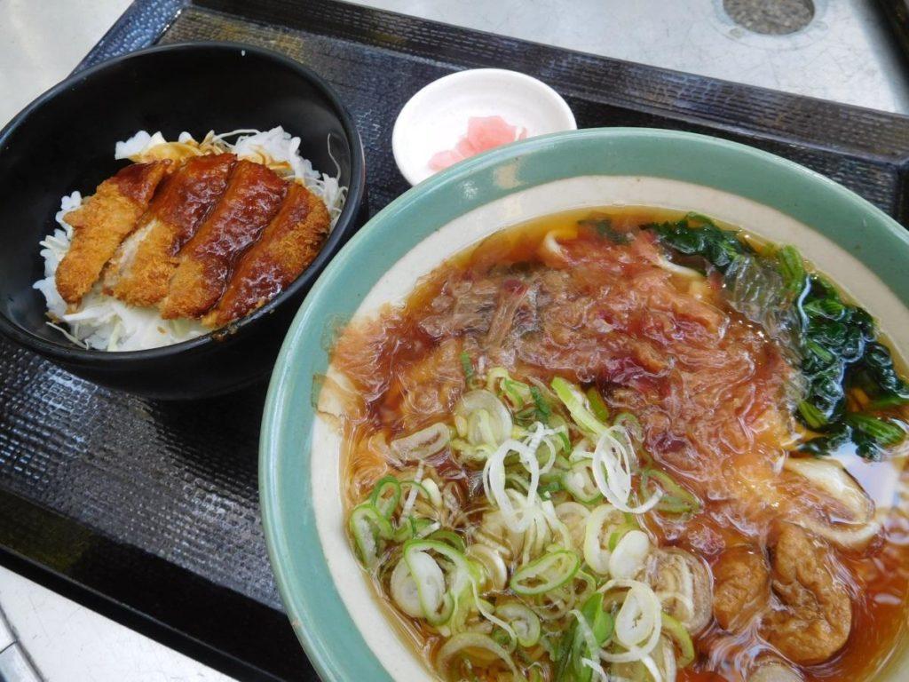 熱田の杜定食(1100円)
