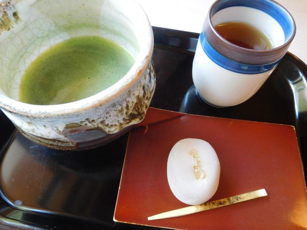 抹茶・きよめ餅(500円)