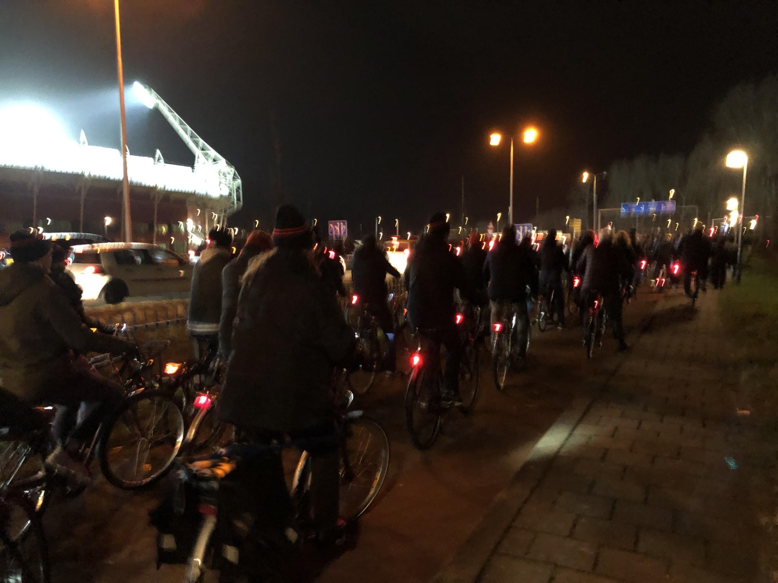 このように試合後は自転車の渋滞が発生します